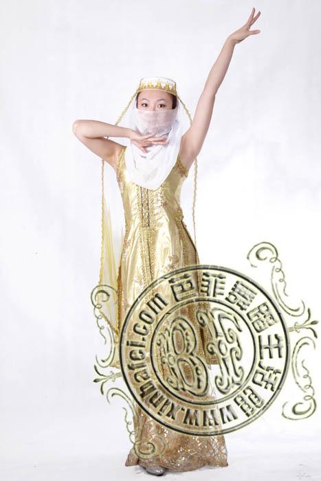 回族女士服装设计图展示
