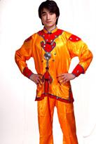 橙打鼓服 汉族服装