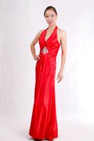 红色长款晚礼服
