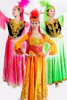 新疆民族服装