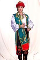 维族男(绿马甲)