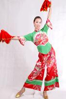 红绿真丝 汉族舞蹈服