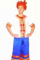 白衣蓝裤 彝族演出服