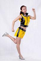 女士黄漆皮现代舞