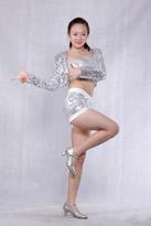 银亮片短裤现代舞