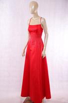 大红缎面礼服