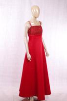 酒红色缎面礼服