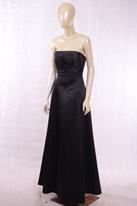 黑色缎面礼服
